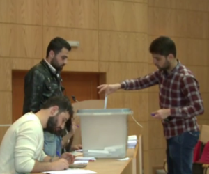 """YouTube (Ruptly TV), """"Syria: Voters hit polls in Damascus for parliamentary elections"""""""