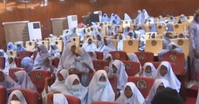 Prawie 300 nigeryjskich uczennic uwolnionych